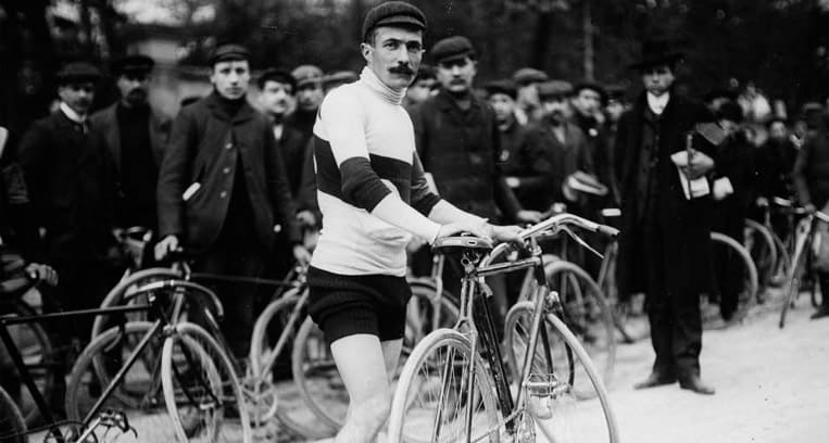 1905 - La première montée