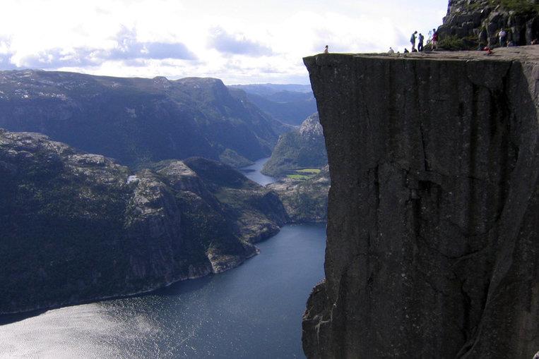 TOP 10: Les falaises les plus hautes du monde